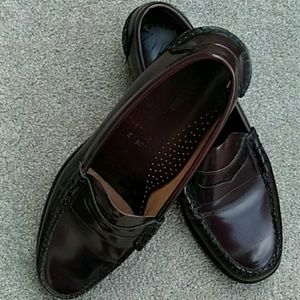 L. L. BEAN Penny Loafers, Cordovan size 10.5 D